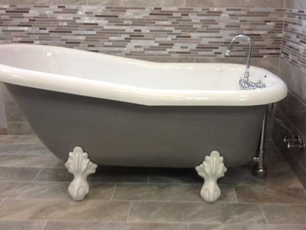Porcelain Bathtub